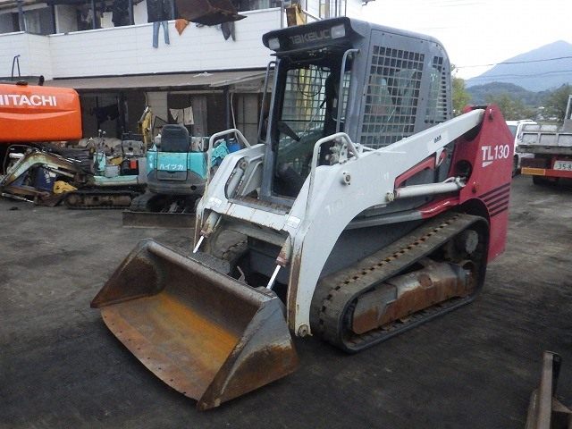 TAKEUCHI SKID STEER LOADER